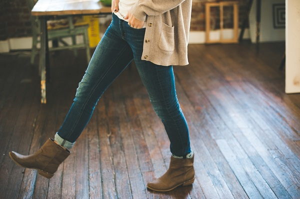 How to Create a Stylish Work Wardrobe in Budget