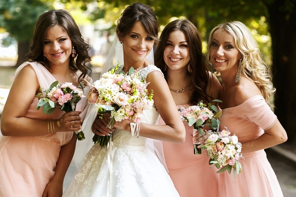 4 Tips for Bride to Choose Wedding Dress for Bridesmaid