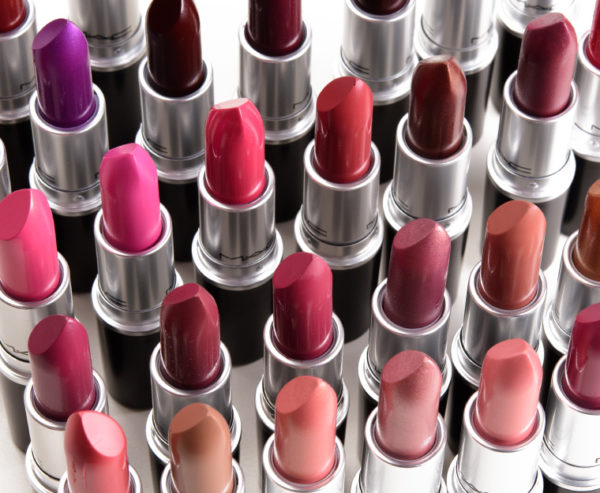 How To Pick Right Lipstick shade For Varying Skin Tone?
