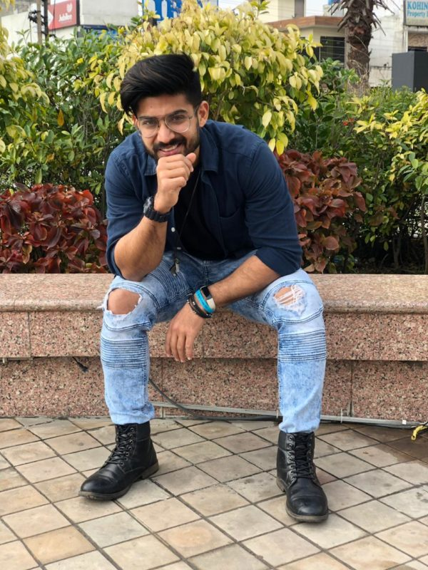 3ed8bff938a7b He has shared with us the common fashion mistakes which men should avoid.  Want to know more about it check out with us-